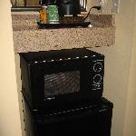咖啡机和微波炉