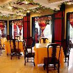 Yichang Hotel