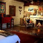 有壁炉的卧房