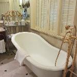 梦幻的四脚浴缸