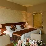 Dongfang Yunding Hot Spring Hotel