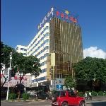 โรงแรมโกลเดน ฟีนิกซ์