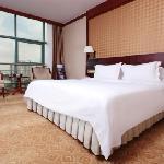 ティアンチェン シャ ツィー ホテル (天成沙嘴酒店)