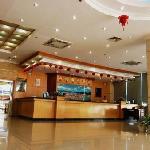Foto de Emerging Seaview Hotel