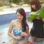 温泉花瓣浴