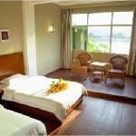 Xingyi Hotel