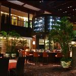 Mirror Lake Hotel