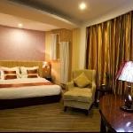 Photo de Golden Century Hotel