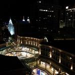 窗外Night view - The City Creek Shopping Center