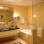 可能是上海最大的洗手间了