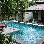 别墅内小泳池