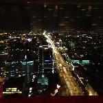 酒店窗外夜景
