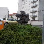酒店附近的工业雕塑