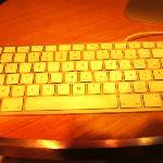 大堂上网区的键盘排序全是乱的,而且按下显示的又是其他的字母