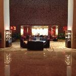 酒店大堂的bar
