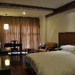 南北湖湖光山居度假酒店