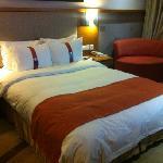 客房标准大床房