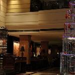 西藏饭店大堂