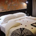 杭州悦榕庄铺的夜床