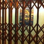 酒店的电梯