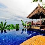 泳池非常漂亮!
