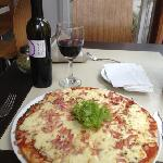 pizza and red chile wine