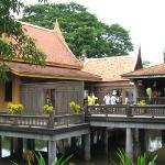 Chao Sam Phraya Museum