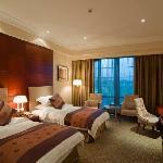 Shahu Holiday Hotel