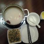 百合养颜锅