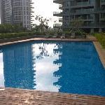 免费游泳池