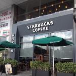 Starbucks (ShengJing Shang Feng Fen)