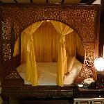 客房的特色仿古大床
