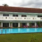泳池和住宿楼