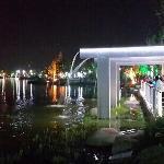 张家港凤凰湖的夜景