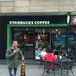 Starbucks (GuoJi Mansion)의 사진