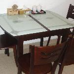 豪华套房吃饭厅的餐桌