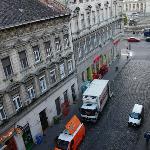 酒店窗口望去的街景