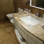 2,浴室很宽敞