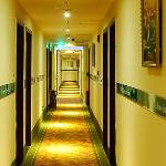 Foto de GreenTree Inn Hangzhou Qiutao Road Business Hotel