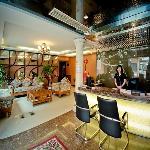 Foto de GreenTree Inn Wenzhou Xiaonanmen Express Hotel
