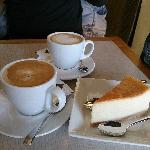 Latte & Cheesecake