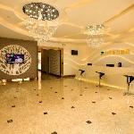 Shanshui Dongfang Holiday Hotel