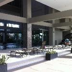 酒店游泳池休息区