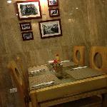 小小的餐厅非常温馨