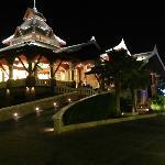 Novotel Phuket Vintage Park Photo