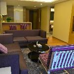 Foto de Private Enjoyed Home Apartment Guangzhou Caifu Shiji Square