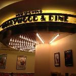 好莱坞餐厅
