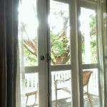 房间内 阳台外