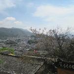 狮子山上可以俯瞰丽江全景