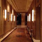 希尔顿酒店电梯间